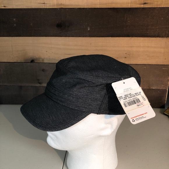 7f9e9b9b7e72d NWT Mountain Hard Wear Women s Hat